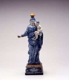 """Dutch Delft, figure of Mary, """"DE LIEFDE IS STERKER DAN DE DOOT"""", year: 1751 Delft, 18th Century, Blue And White, Pottery, White Dishes, Statue, Kind, Dutch, People"""