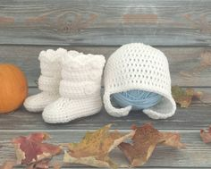 By far the most liked style of boots in the shop. Tonight I'll be able to add the hat/boot set option too.   #crochet #handmade #handcrafted #etsy #baby #babyboots #winterboots #babygirl #babygift #babyfeet #babylove #momlife #newborn #toddler #sahm #wahm #mompreneur #instagood #love #happiness #cute #shoes #babyshoes #firstshoes #babygift #winter #christmas #firstchristmas #christmasgift