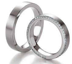 Anillos de bodas con diamantes disponible en oro de 14k, 18k (blanco, amarillo y rosa) y platino.