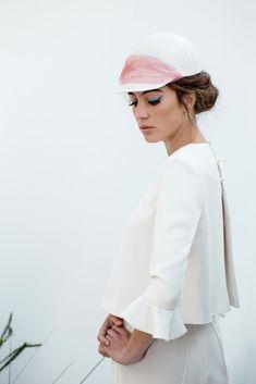 White and pink wedding cap by Javier Quintela Atelier · Rock n Roll Bride