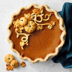 The turkey and side dishes are always great, but these Thanksgiving dessert ideas are not to be missed! The post 50 Traditional Thanksgiving Dessert Ideas appeared first on Taste of Home. Pumpkin Custard, Pumpkin Bars, Pumpkin Pie Recipes, Baked Pumpkin, Cooking Pumpkin, Pumpkin Spice, Classic Thanksgiving Menu, Traditional Thanksgiving Recipes, Thanksgiving Desserts