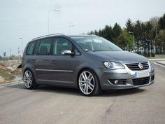 Volkswagen Touran, Vw Bus, Cars And Motorcycles, Vans, Vehicles, Golf, Trucks, Culture, Random