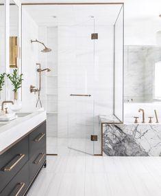 Elegant and luxury bathroom design ideas for a unique home decor. Elegant and luxury bathroom design ideas for a unique home decor. Modern Bathroom Design, Bathroom Interior Design, Decor Interior Design, Bathroom Designs, Bathroom Ideas, Modern Marble Bathroom, Bathroom Organization, Marble Bathtub, Luxury Interior