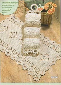 bathroom set                                                                                                                                                      Mais Crochet Books, Crochet Art, Crochet Home, Thread Crochet, Crochet Crafts, Crochet Doilies, Crochet Stitches, Crochet Projects, Crochet Patterns