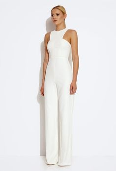 Bridal jumpsuit inspiration 59 best ideas Bridal Jumpsuits are for the fashion forward bride, their unique styling gives them an 'edgy' but contemporary look that we simply can't ignore! Casual Jumpsuit, White Jumpsuit, Cream Jumpsuit, Black Romper, Mode Outfits, Fashion Outfits, Womens Fashion, Jumpsuit Elegante, Wedding Jumpsuit