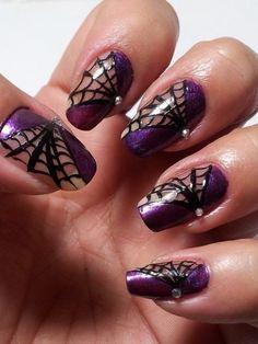 Halloween spider wed nails