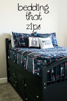 Perfect easy to make bedding! Just a quick zip and the bed is made. This is great for bunk beds too! #beddysdreamroom