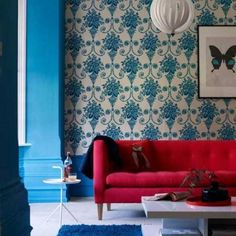 Red Sofa - Design photos, ideas and inspiration. Amazing gallery of interior design and decorating ideas of Red Sofa in living rooms, decks/patios, dens/libraries/offices, pools by elite interior designers. Colourful Living Room, Living Room Red, Living Room Color Schemes, Living Room Colors, Living Room Designs, Living Room Decor, Colour Schemes, Home Design, Home Interior Design