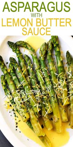 ASPARAGUS WITH LEMON BUTTER SAUCE! Asparagus with Lemon Butter Sauce - Budget friendly, quick, and easy crisp-tender asparagus drizzled with an amazing lemon butter sauce and a sprinkle of parmesan cheese. The BEST asparagus side dish of ever! Asparagus Side Dish, Easy Asparagus Recipes, Delicious Salmon Recipes, Lemon Asparagus, How To Cook Asparagus, Healthy Recipes, Vegetable Recipes, Sauce For Asparagus, Esparagus Recipes