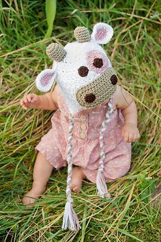 Ravelry: Cow Hat Pattern pattern by Sweet Kiwi Crochet Kandice Oster Crochet Cow, Crochet Bear Patterns, Crochet Kids Hats, Crochet Crafts, Yarn Crafts, Crochet Projects, Crocheted Hats, Crochet Animals, Crotchet