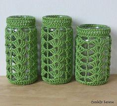 cozy homes Ravelry: CordeliaSerene's Crochet jar cover Crochet Cozy, Crochet Gifts, Diy Crochet, Jar Crafts, Diy And Crafts, Crochet Jar Covers, Crochet Home Decor, Crochet Kitchen, Diy Candles