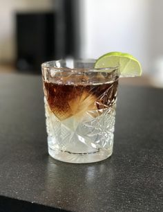 Dark 'n Stormy - Kraken Rum, Lime, Ginger Beer