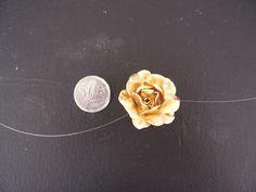 Modelo mini flores R$ 1,50