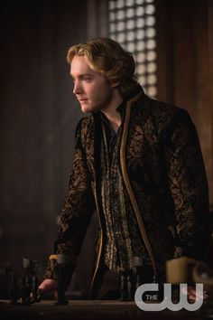 "Reign -- ""The Siege"" -- Image Number: RE221b_0128.jpg -- Pictured: Toby Regbo as King Francis II -- Photo: Christos Kalohorides/The CW -- © 2015 The CW Network, LLC. All rights reserved."