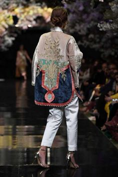 Sana Safinaz Couture and Bridals at FPW - Karachista Asian Fashion, Boho Fashion, Girl Fashion, Bride And Groom Glasses, Mehndi Dress, Fashion Details, Fashion Design, Groom Outfit, Indian Outfits
