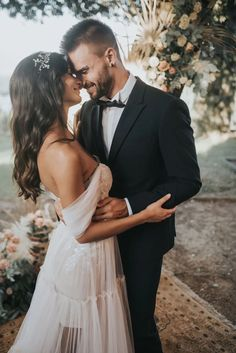 Tuscany Elopement With First Look And Off The Shoulder Wedding Dress