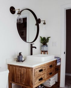 From bold blacks to delicate whites, we've rounded up the best bathroom paint colors to give your space a style refresh - plus ideas on how to use them! Bathroom Accents, White Bathroom Tiles, Boho Bathroom, Diy Bathroom Decor, Budget Bathroom, Bathroom Styling, Bathroom Flooring, Small Bathroom, Bathroom Ideas