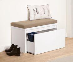 149.00 Fr. Gerade in kleinen Räumen möchte man den vorhandenen Platz optimal ausnutzen. Diese Sitzbank eignet sich zum Beispiel bestens für den Flur und ist Stauraum und bequeme Sitzgelegenheit in einem.