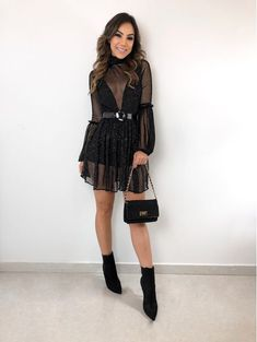 Classy Dress, Classy Outfits, Cute Outfits, Nice Dresses, Casual Dresses, Fashion Dresses, Fiesta Outfit, Winter Typ, Fashion Beauty