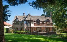 Grand golf course estate in Broadmoor, Seattle.