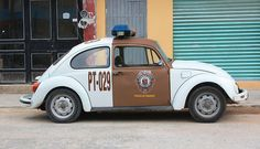Traffic Police VW Beetle Chiapas Mexico ★。☆。JpM ENTERTAINMENT ☆。★。