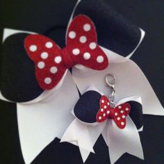 Minnie Mouse Cheer Bow Keychain by BowsByTeri on Etsy, $6.00