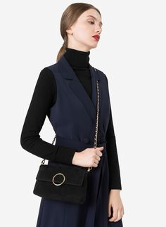 Uterqüe United Arab Emirates Product Page - Bags - View all - Crossbody bag with an oval piece - 595