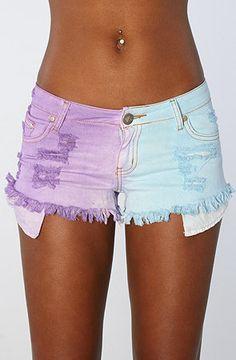Cute shorts. <3