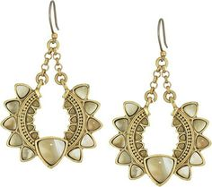 Gold and brown beaded statement jewelry #affiliatelink