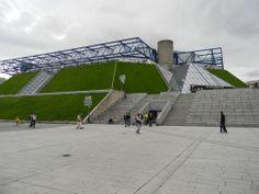 Palais Omnisports, de Paris-Bercy, de los arquitectos Michel Andrault y Pierre Parat.