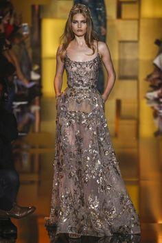 Elie-Saab-Fall-2015-Haute-Couture25