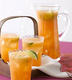 Cantaloupe Quenchers: Add a little rum to make these pretty, refreshing drinks more grown up. Fruit Drinks, Non Alcoholic Drinks, Party Drinks, Healthy Drinks, Bbq Party, Cold Drinks, Healthy Recipes, Summer Cocktails, Cocktail Drinks