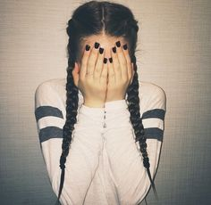 Poses to look gorgeous in your selfies when you comb your hair with braids - Lange Haare Hair Day, My Hair, Girl Hair, Ft Tumblr, Tumblr Girls, Back To School Hairstyles, College Hairstyles, Teenage Hairstyles, Everyday Hairstyles