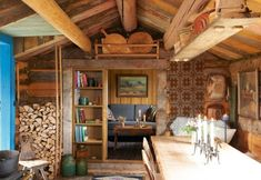 Walls and Ceilings - Kitchen - Restored Norwegian sæter mountain cabin - By Else Rønnevig - Via Klikk Swedish Cottage, Cottage Style, Cottage Interiors, Rustic Interiors, Cabin Homes, Log Homes, Scandinavian Cabin, Scandinavian Interiors, Norwegian House