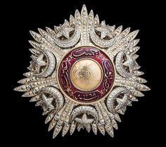 [Ottoman Empire] Order of the Medjidie (Osmanlı Mecidiye Nişanı) Gems Jewelry, Bridal Jewelry, Jewelery, Western Jewelry, Indian Jewelry, Medan, Ottoman Turks, Grand Cross, Ottoman Empire