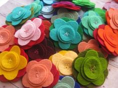 Easy to make felt flowers.