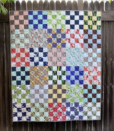 16 Patch Quilt, Quilt Blocks, Scrappy Quilts, Baby Quilts, Quilting Projects, Sewing Projects, Quilting Ideas, Picnic Quilt, Quilt Tutorials
