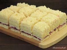 Łabędzi puch - przepisy z myTaste Dessert Cake Recipes, Sweets Recipes, Cookie Recipes, Polish Desserts, Polish Recipes, Delicious Desserts, Yummy Food, Banana Nut Bread, Food Cakes