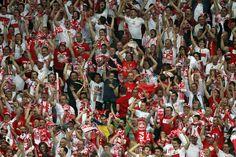 Kibice podczas meczu Polska - Rosja na UEFA EURO 2012