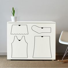 I want this for my son's room. What a cute idea for kids!