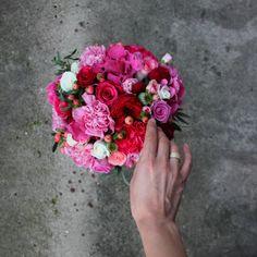 Букет нареченої: гортензія, троянда,гвоздика і гіперікум Wedding bouquet with Hydrangea, Rose, Clove and Hypericum