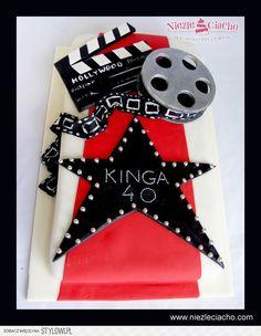 Taśma filmowa, klaps, film, tort dla filmowca, tort dla producenta filmowego, tort z klapsem, tort z taśmą filmową, tort urodzinowy, torty dla dorosłych
