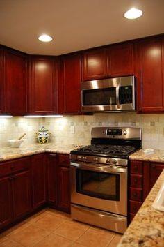 Awesomebrandi: Kitchen Layout Similar To Our Current One, Cherry Cabinets,  Granite Backsplash, Like The .