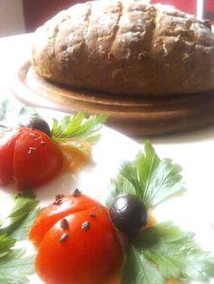 Hab lecker KÄFERLI auf LACHS und BAUERNBROT  gemacht ... jetzt kann  ich wieder gestärkt ans Arbeiten auf www.angel-bazar.de