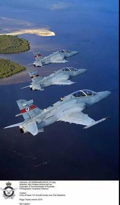 ♥ RAAF Hawk 127 Lead In Fighter Trainers.