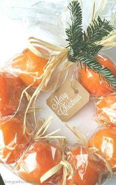 Christmas clementine wreath :: easy gift idea