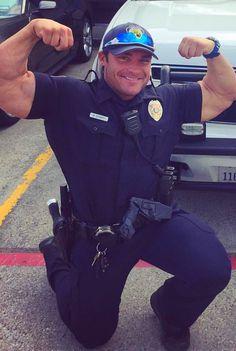 Yes!!! Cop Uniform, Men In Uniform, Hot Dads, Male Fitness Models, Hunks Men, Hard Men, Beefy Men, Mein Style, Big Guys