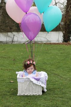 First Birthday Photo Shoot, first birthday photo shoot ideas, first birthday girl, first birthday photo ideas, see more at: http://www.eventcrush.com/first-birthday-photoshoot/