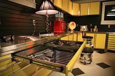 Vault Garage Cabinets, great looking garage...