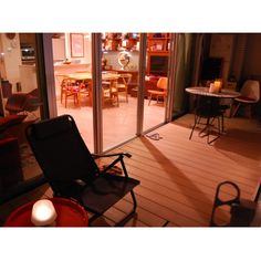 Yoheiさんの、部屋全体,ベランダ,ミッドセンチュリー,yチェア,ミッドセンチュリーモダン,造り付け棚,イームズシェルチェア,デッキチェア,トレイテーブル,イームズLCW,ベルトイア ジェネリック,SARVEのダイニングテーブル,イームズコーヒーテーブル,ベストショット,のお部屋写真